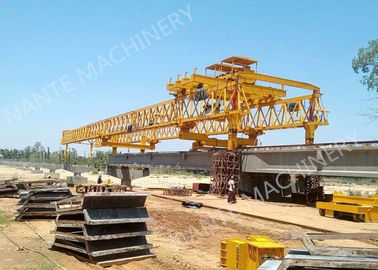 Cina Beam Launcher Gantry Crane for railway construction project with Reliable performance Distributor